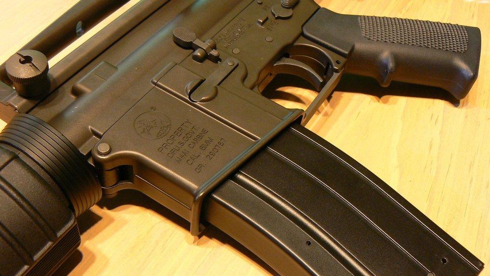 gun-728958_1920.jpg