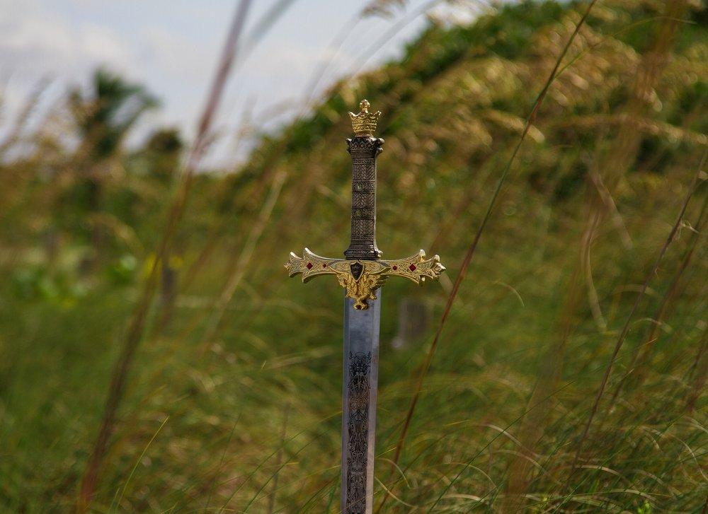 sword-918542_1920.jpg