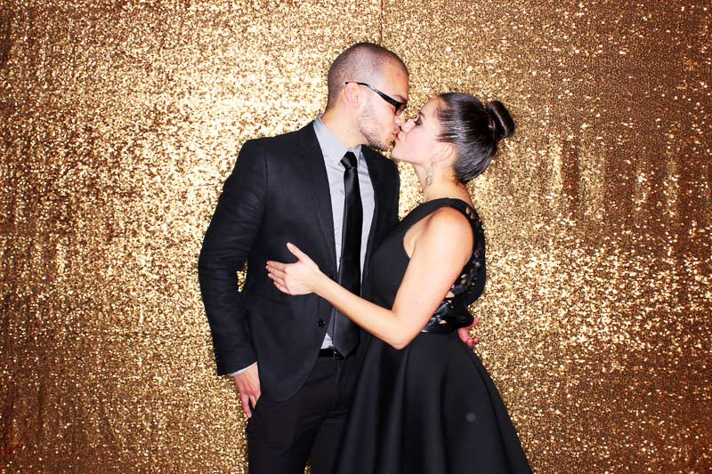 open-air-photo-booth-backdrop-sequins-gold.jpg
