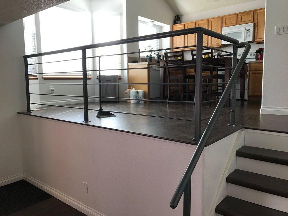 handrail0.jpg
