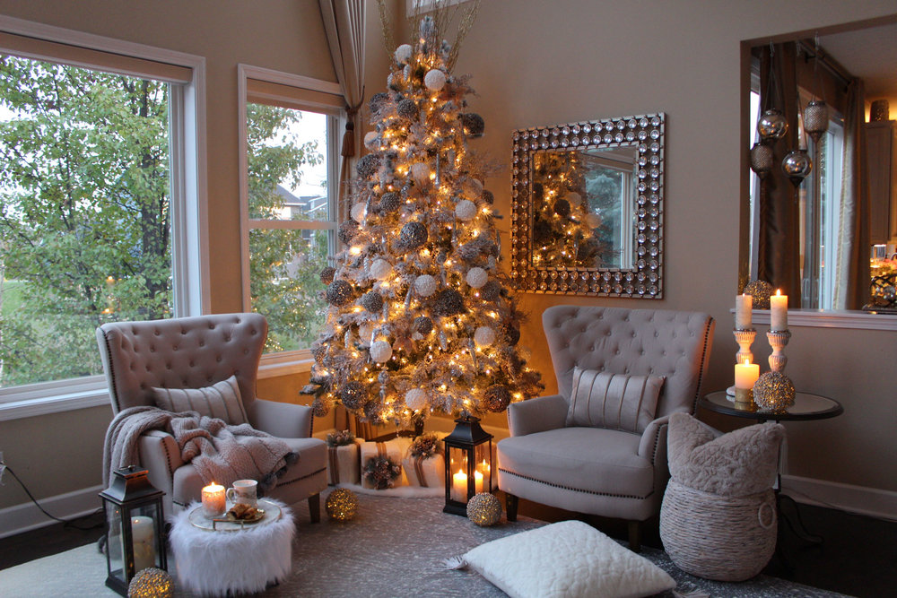 Farah Merhi Winter Wonderland, Christmas Tree