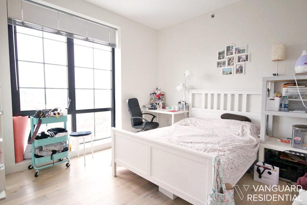 45-50-pearson-12j-bedroom-2.jpg