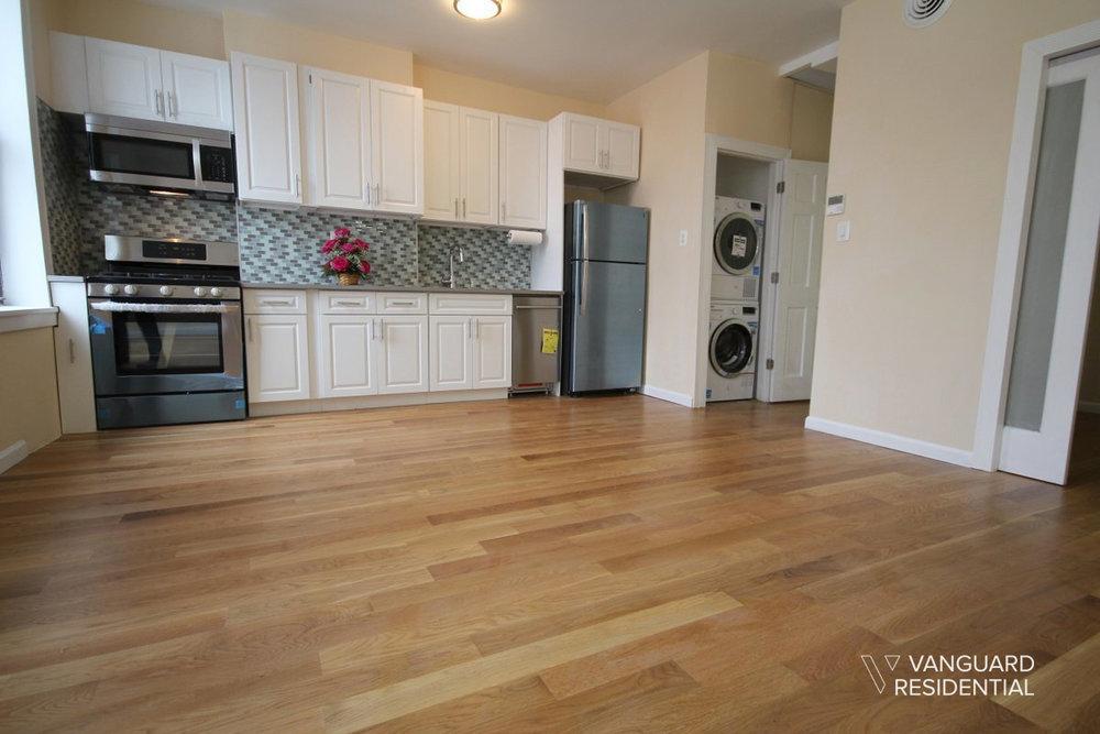 6068-putnam-avenue-2f-livingroom-vanguard.jpg