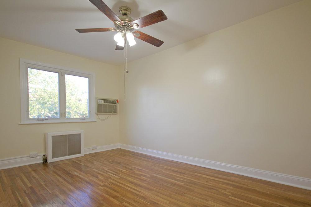 150-31 78th Avenue-bedroom2.jpg