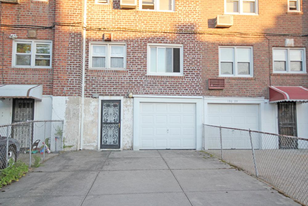 150-31_78th_Ave_garage_exterior.jpg