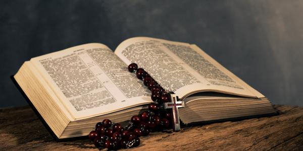 Bible-and-Rosary-Beads-CS-158.jpg