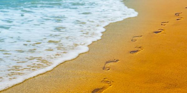 Foot-Prints-in-the-Sand-CS-176.jpg