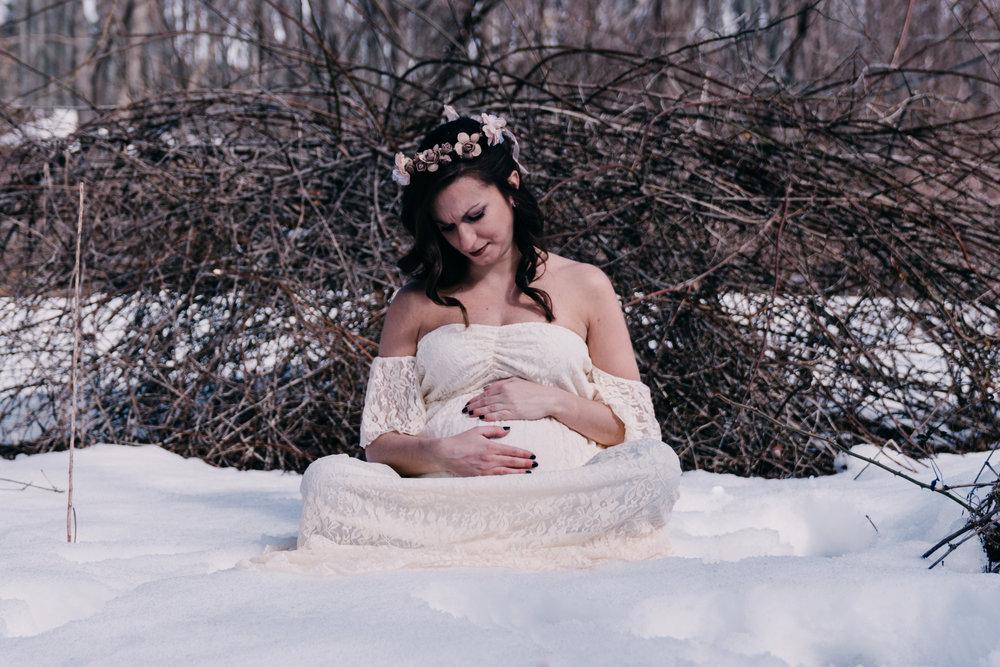 2018-3-24_Britt-Maternity-12.JPG