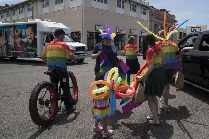 PrideParade-4.jpg