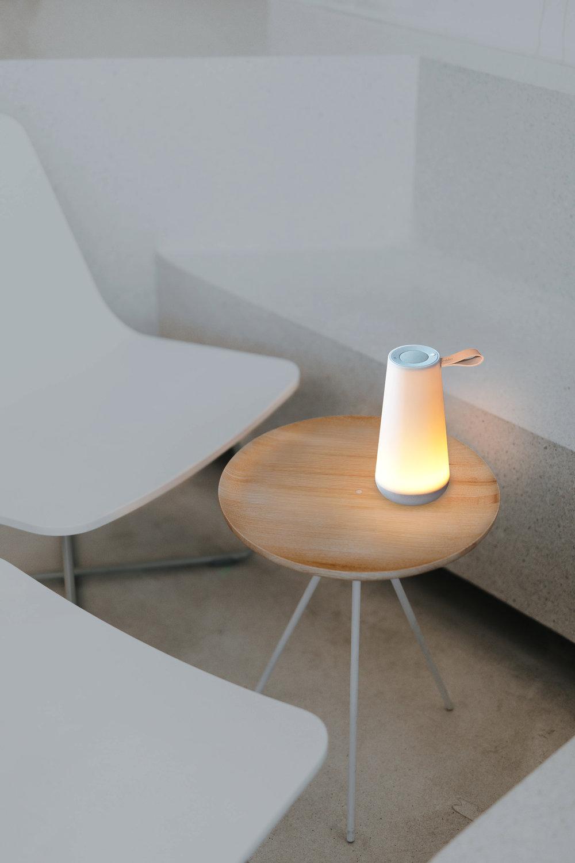 uma-mini-in-a-cafe-4_download.JPG