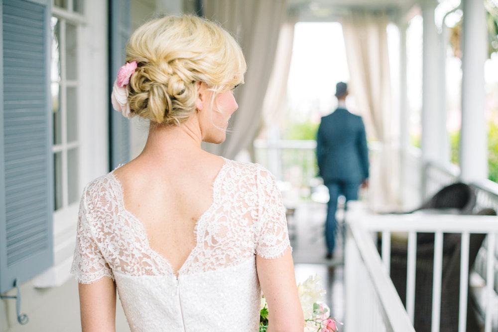 Juliette-Travis-MagnoliaPlantationElopementbyAaronandJillianPhotography-121-hairstyles.jpg