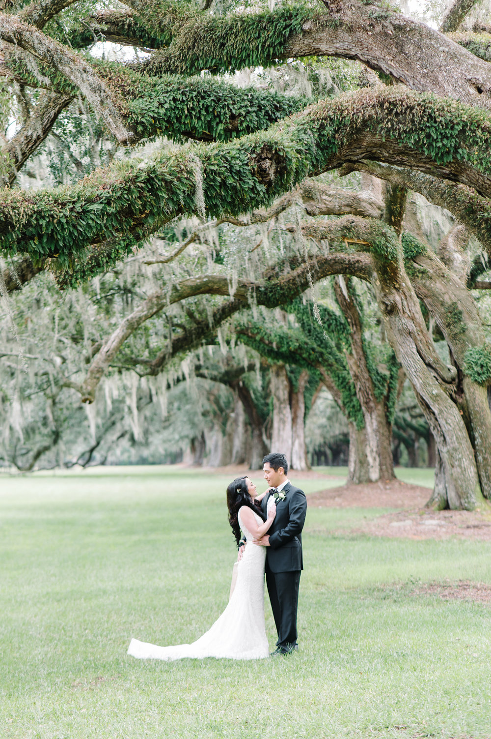 Calla+Thomas-BooneHallPlantationWeddingbyAaronandJillianPhotography-142.jpg