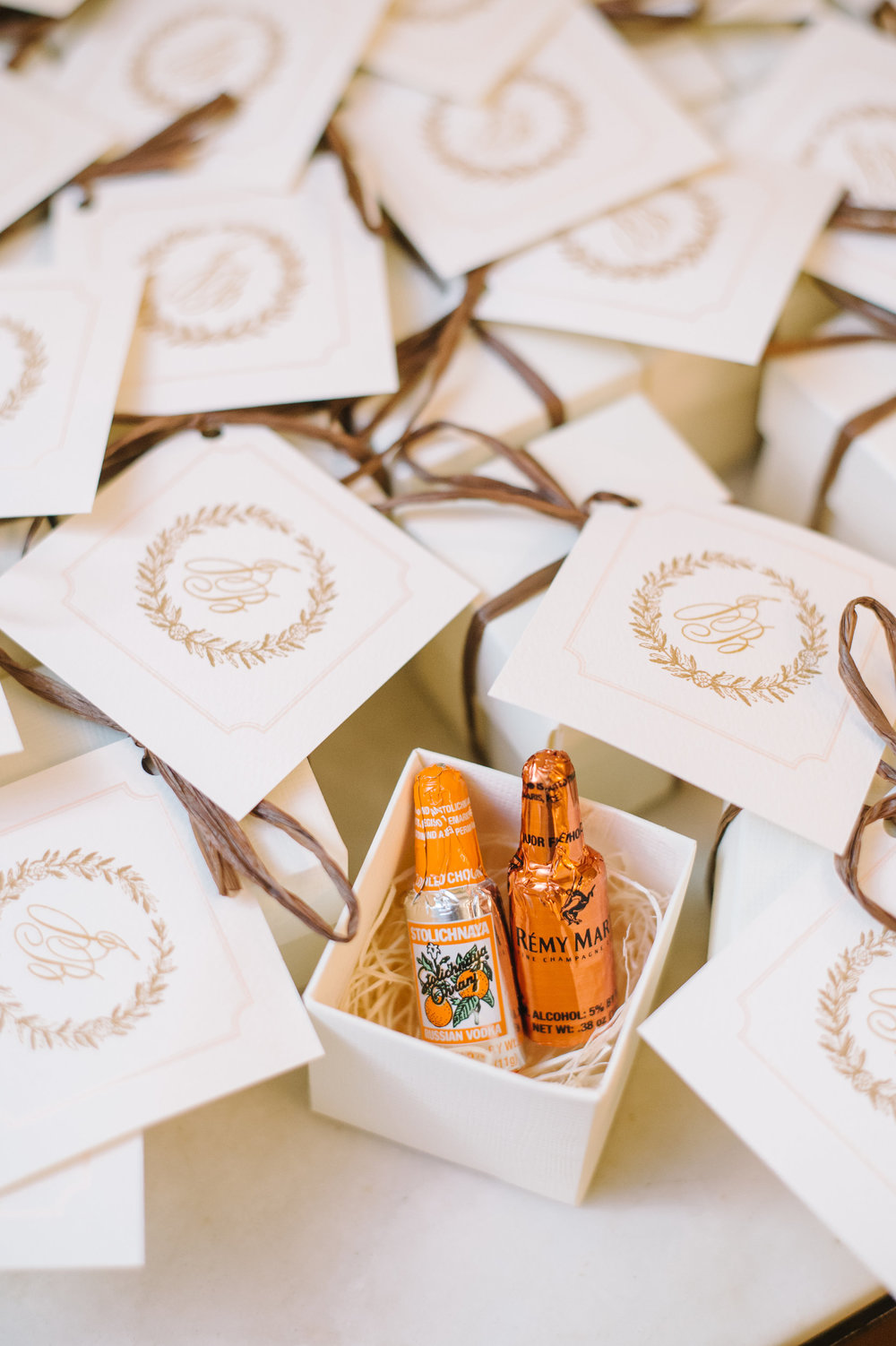 Fabulous Friday Creative Wedding Favors Pure Luxe Bride