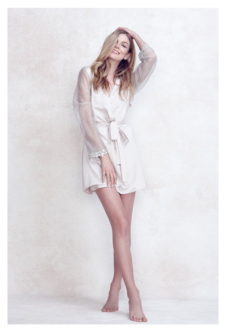 Showstopper Classic Bride Robe - The Poppy Shop