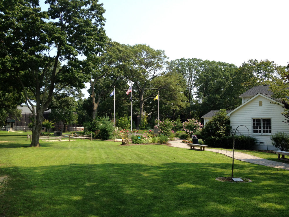 Top memorial garden landscape designer in Long Island, NY