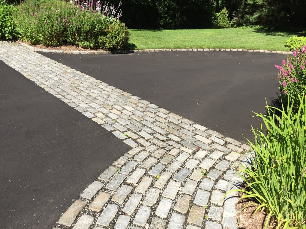 Professional landscape design paver in Long Island, NY