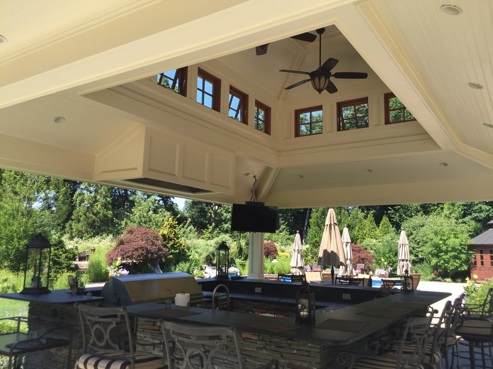 Professional landscape design company with outdoor kitchen cabana in Long Island, NY