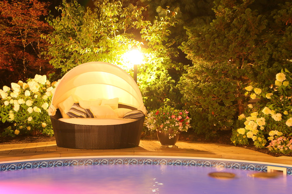 Top outdoor lighting installation in Long Island, NY