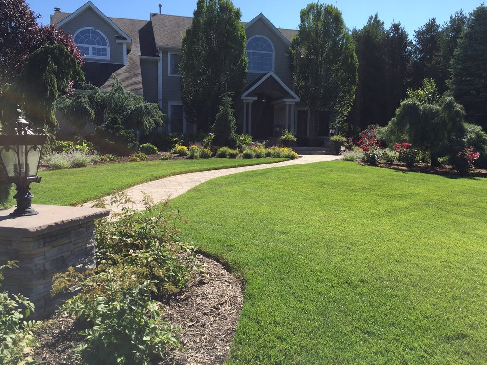 Top walkway planting design company in Long Island, NY