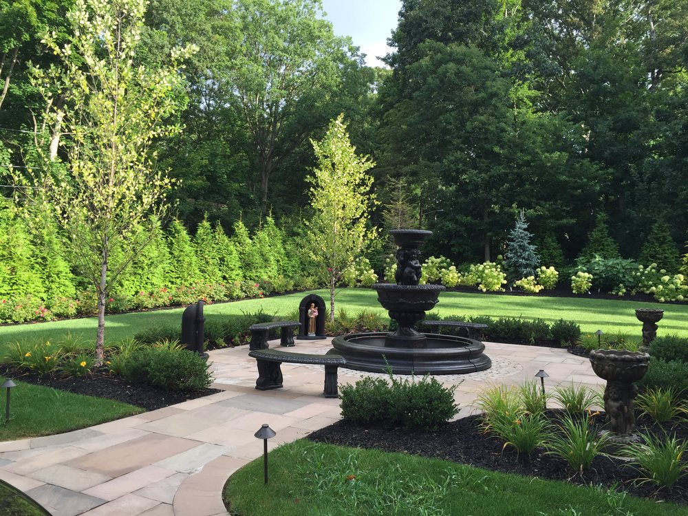Top landscape planting design in Long Island, NY