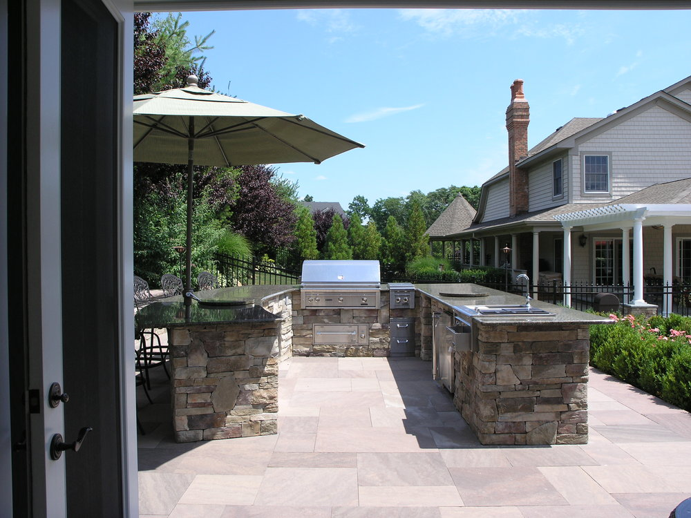 Professional outdoor kitchen design in Long Island, NY