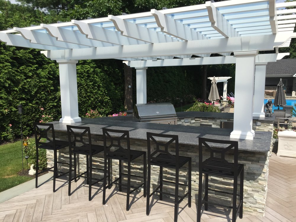 Professional outdoor kitchen pergola in Long Island, NY