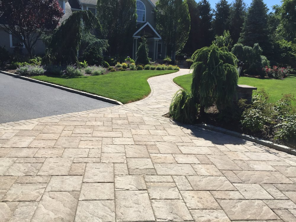 Experienced driveway paver design company in Long Island, NY