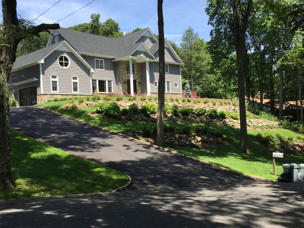 Professional driveway landscapedesign company in Long Island, NY