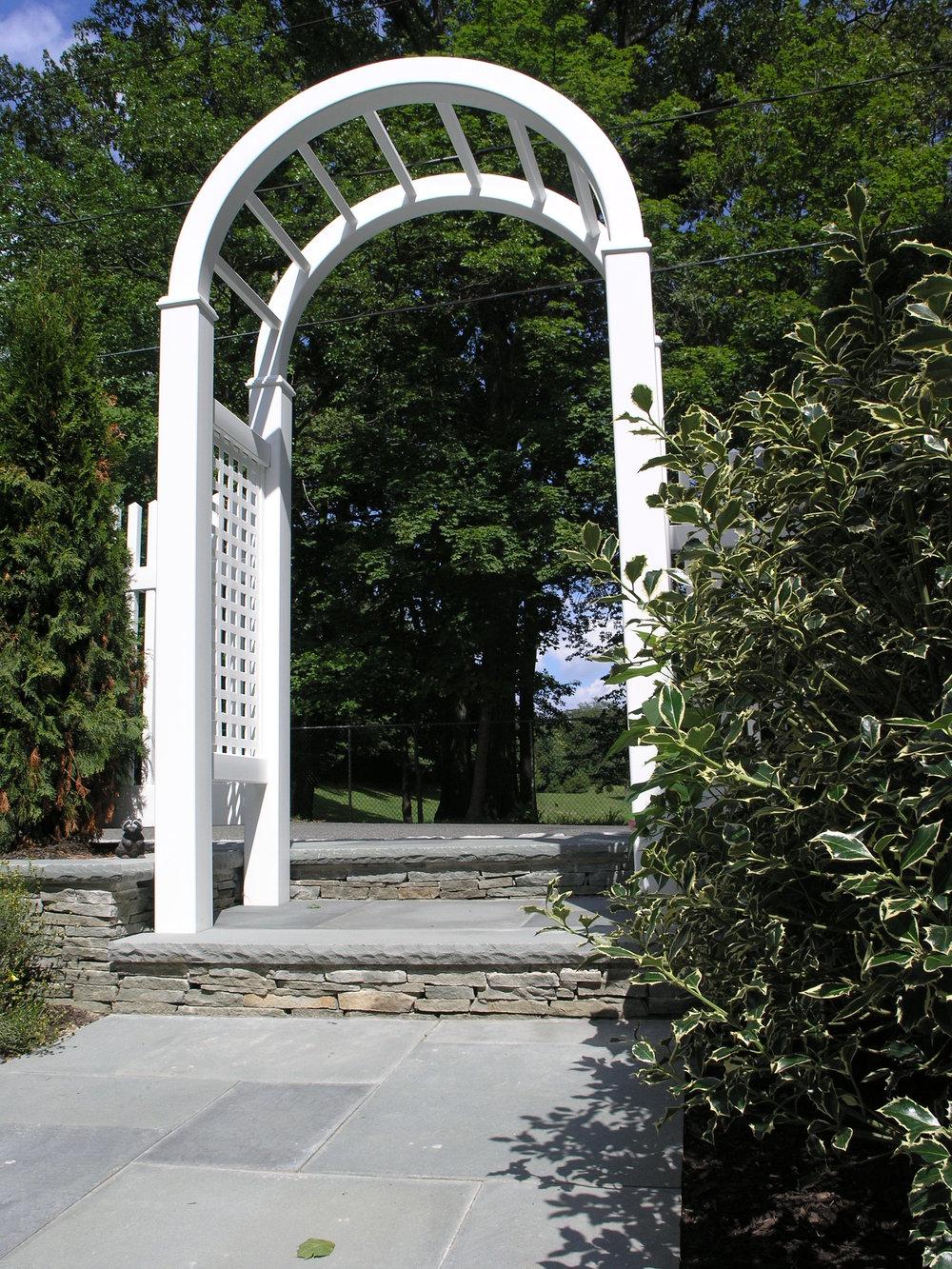 Experienced arbor design company in Long Island, NY