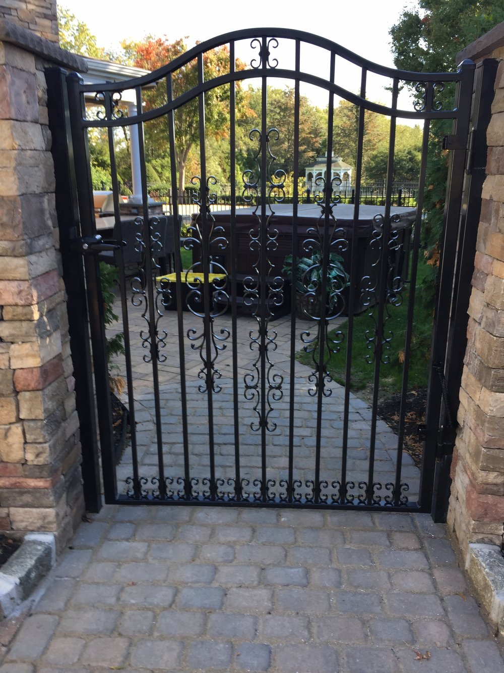 Top aluminum gate landscape design company in Long Island, NY