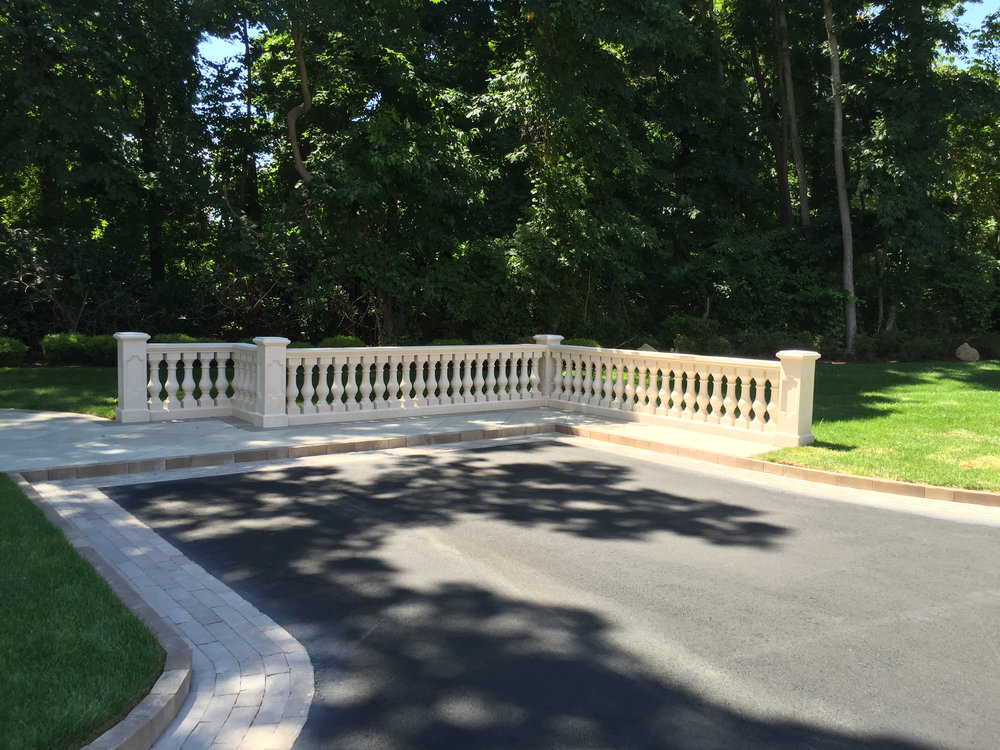 Professional picket fence landscape design company in Long Island, NY
