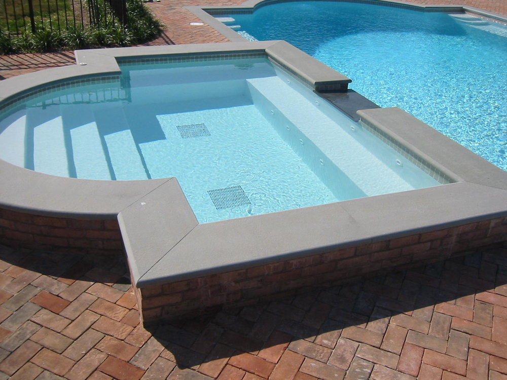The Ins and Outs of Fiberglass Pools and Spas in Southampton, NY