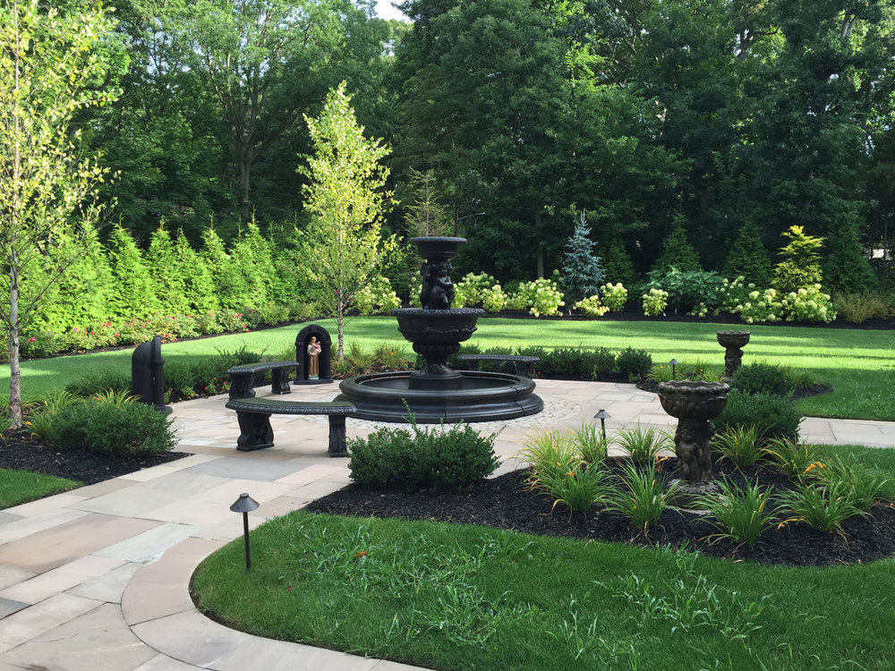Landscaping Ideas for Getting the Most Out of a Natural View on Long Island, NY