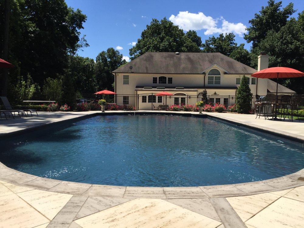Fiberglass swimming pool design in Holbrook, NY