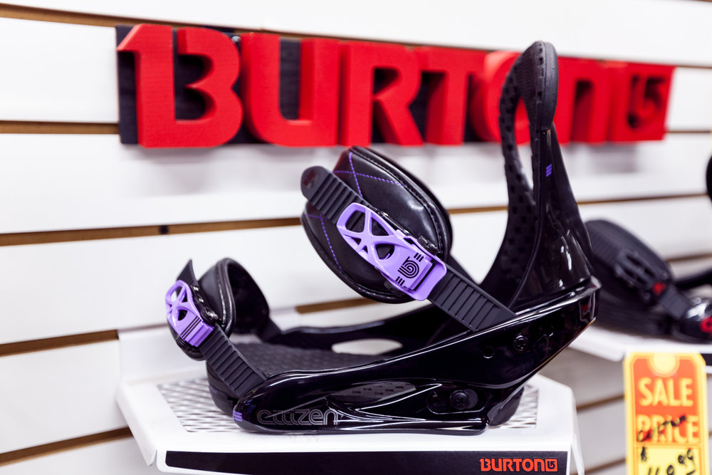 old_town_sports_novato_bike_ski_and_snowboard_shop_burton_bindings_02