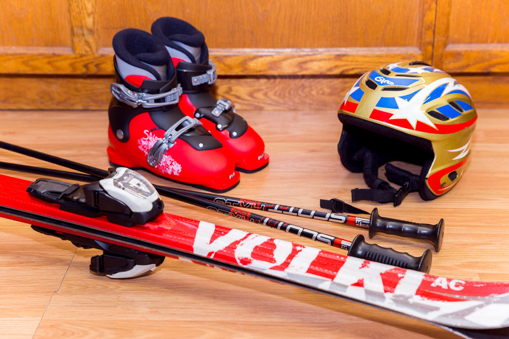 KID'S SKI & SNOWBOARD PACKAGE (BOYS)  - 80CM - 130CM  // Kid's Performance Skis ranging from Atomic, K2, Head, & Volkl // Kid's Performance Snowboards ranging from Burton, Lamar, Sol, K2, Ride, & Rossi   RATES : // We do not charge for the day you pick up or return. Free travel days! // Helmets are an additional $7 for the first day & $3 every day after that. 1 DAY - $21.99 2 DAY - $31.99 3 DAY - 41.99 EXTRA DAYS - $10.00 (Per Day) SEASON - $169.99 Kid's Package picked up prior to January 1, 2018 SEASON - $139.99 Kid's Package picked up after January 1, 2018