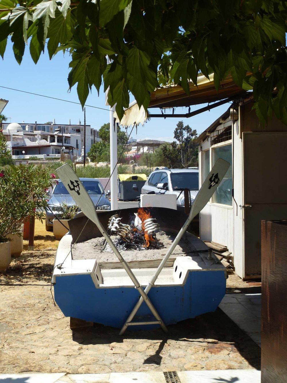 boat-bbq.jpg