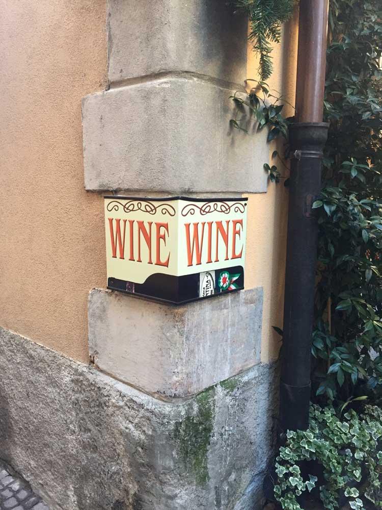 wine-sign.jpg