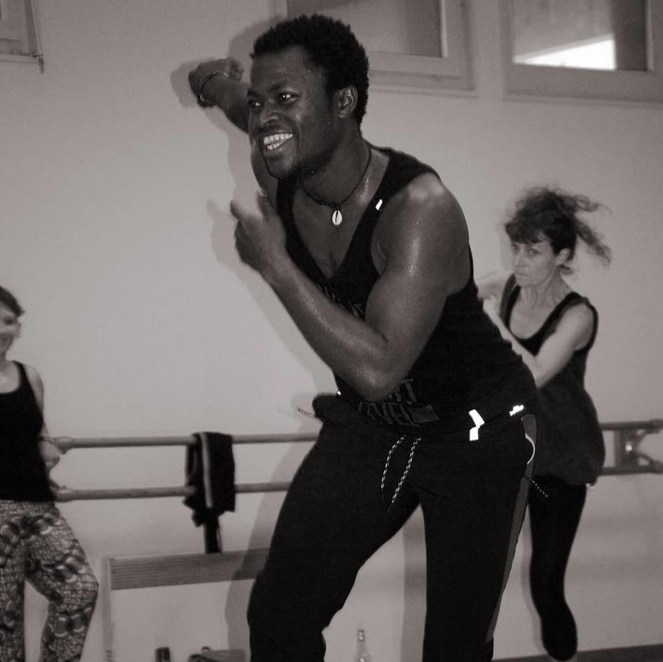 Koffi Ayhee - Danse Africaine