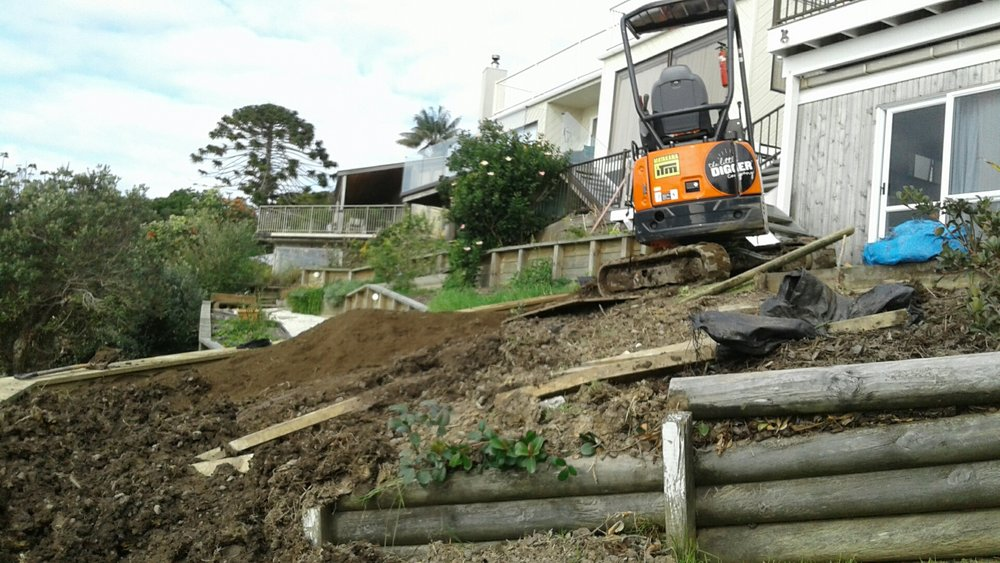 The Little Digger navigating a tight space on a recent job