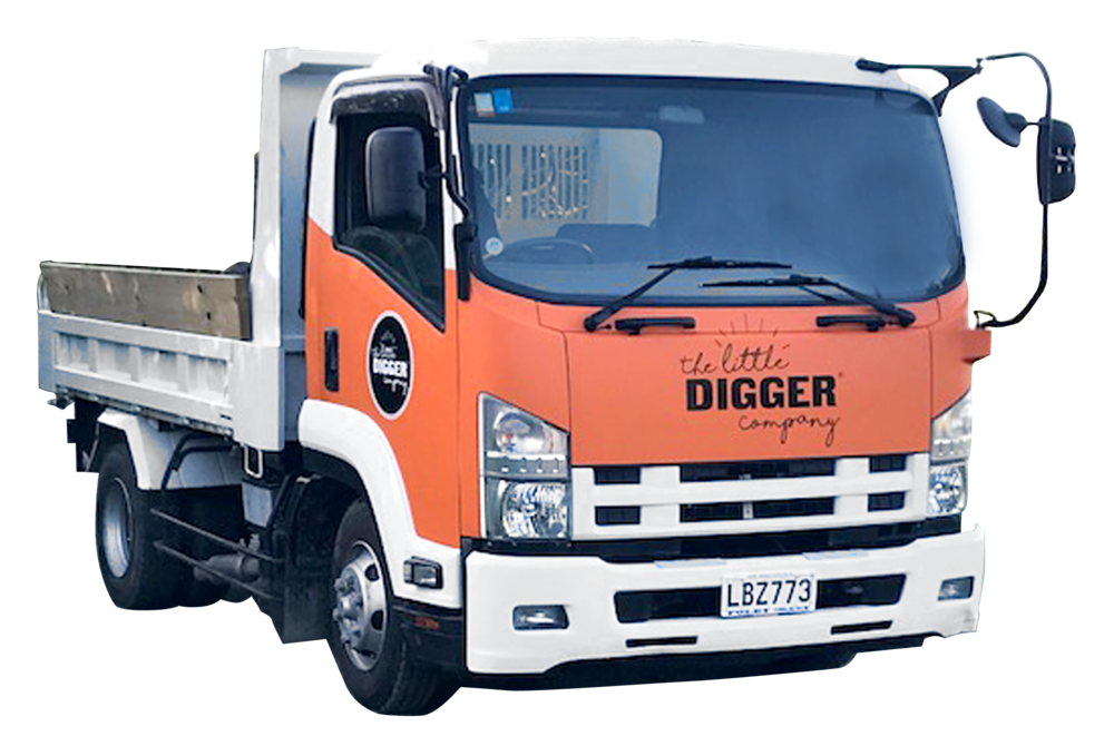 Small truck, 4 Tonne Tip Truck Hire from Puhoi, Warkworth, Matakana to Mangawhai.jpeg