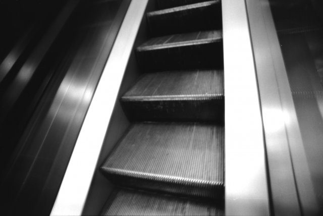 escalator-3.jpg
