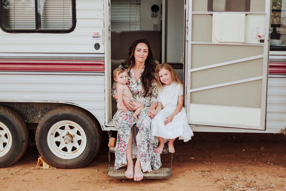 women's portraits, mama and baby portraits