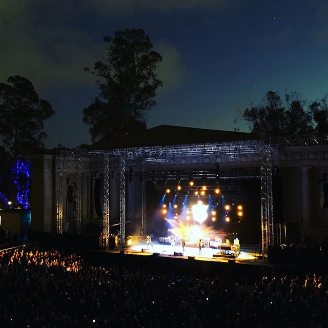 #tbt to the @jasonisbell show @greekberkeley. Happnstance is playing a show with #thesoulbillies Friday 9/21 at @hotelutah. Come out and say hi! Will be a wonderful start to the weekend . . #music #livemusic #acoustic #sanfrancisco #happnstancemusic #happnstancesf #happnstancemusic #concerts