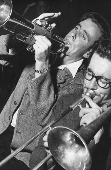 Alex Frame (left) & Doc Willis
