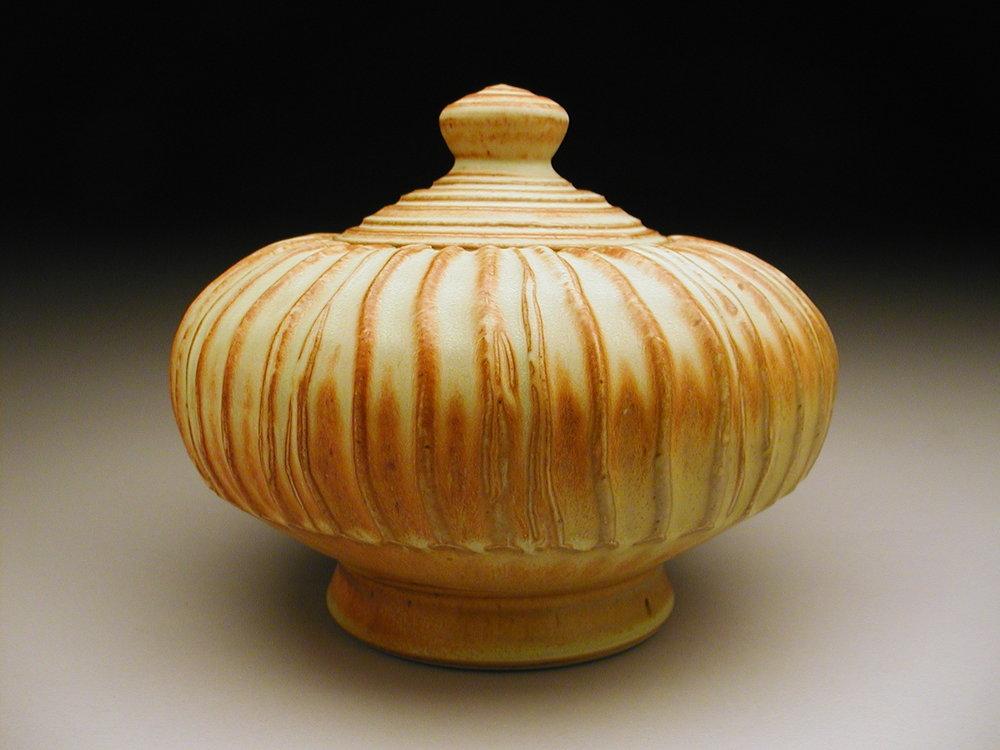 Round Jar.jpg