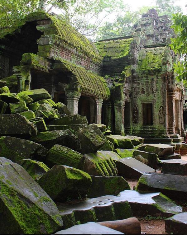 Cambodia - Instagram @stephenmlangloi