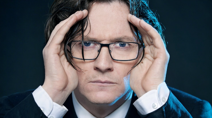 Ed Byrne – Outside Looking In