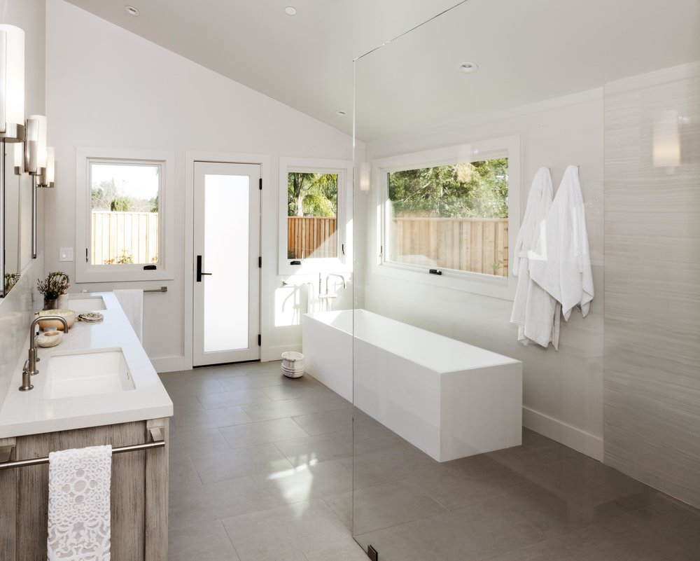 Modern Ranch Spa Bath