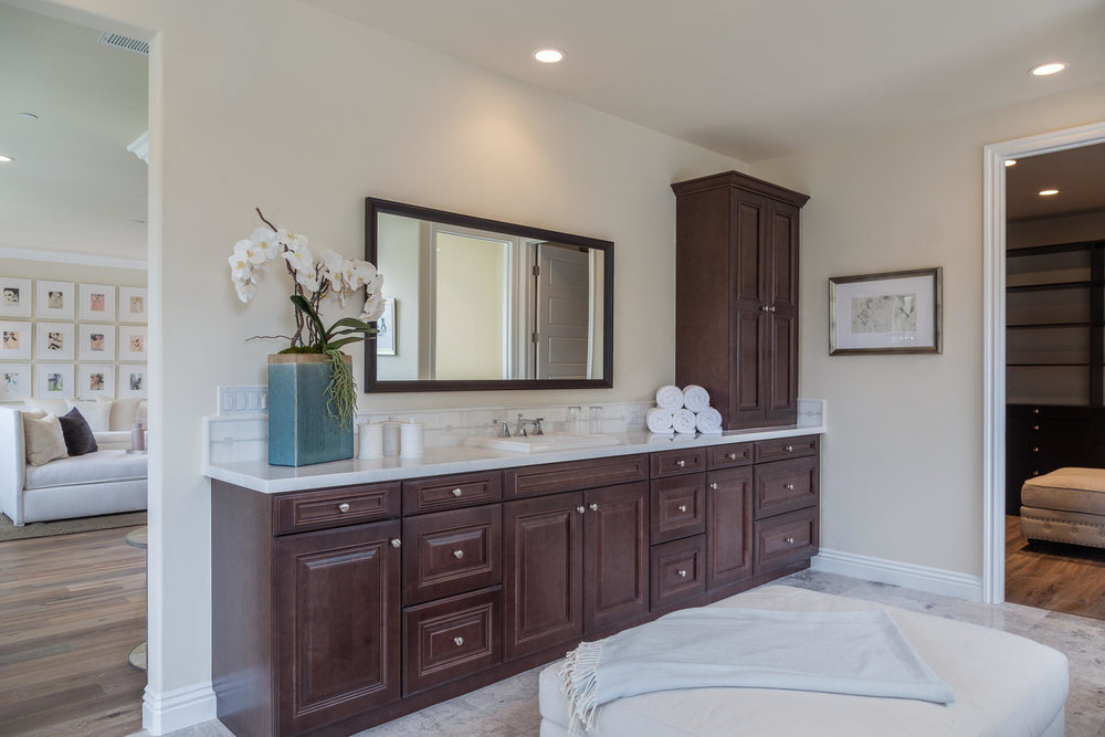 4114 Farmdale Ave    Studio-large-027-Master Bathroom-1500x1000-72dpi.jpg